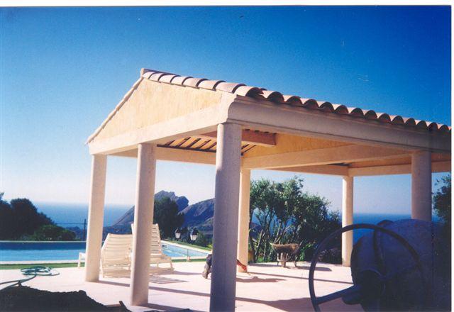 construction d 39 une terrasse couverte sur colonnes le
