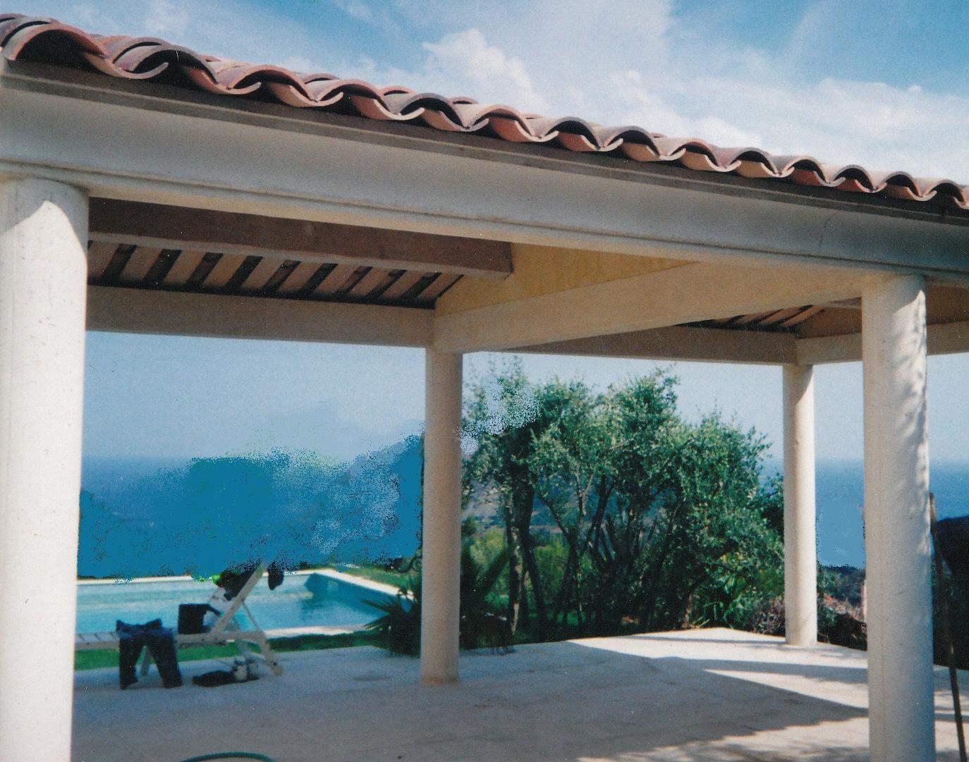 terrasse couverte tuile fabulous entourant terrasse couverte tuile terrasse composite montage. Black Bedroom Furniture Sets. Home Design Ideas