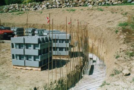 construction d 39 un mur de sout nement le guide de la. Black Bedroom Furniture Sets. Home Design Ideas
